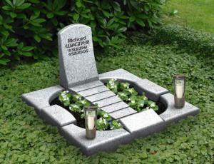 Grabgestaltung, Steinmetz Schwerda, Meiningen